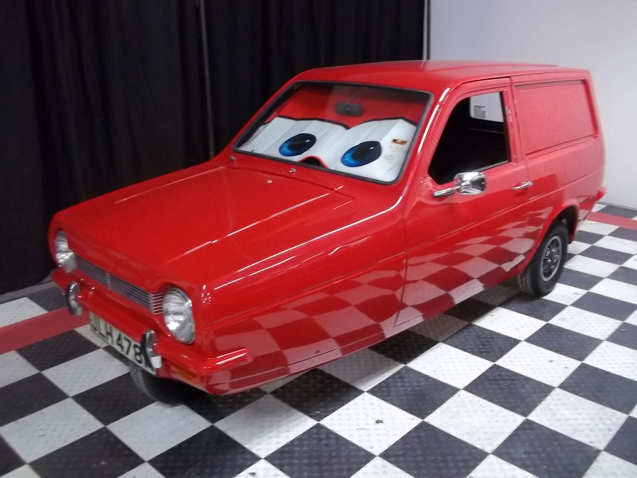 Reliant Robin Supervan Driven Co